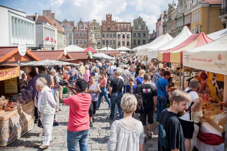 Poznań Stary Rynek kiermasz targowisko