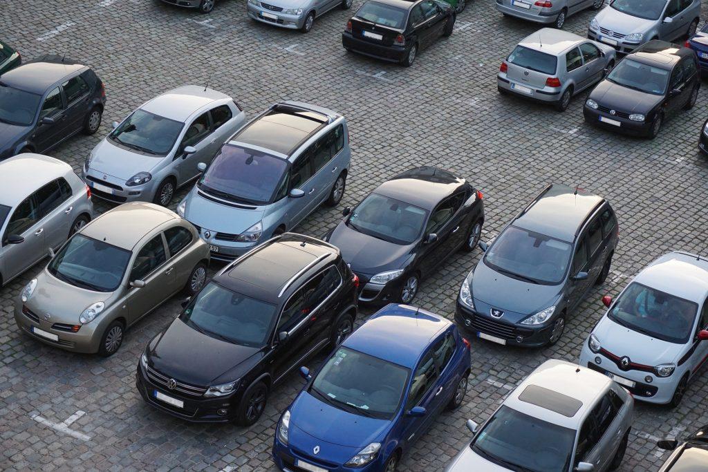 Poznań nielegalne parkowanie Straż Miejska ulica Grobla