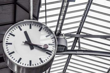 Zmiana czasu 2020 czas letni czas zimowy kiedy przestawiamy zegarki