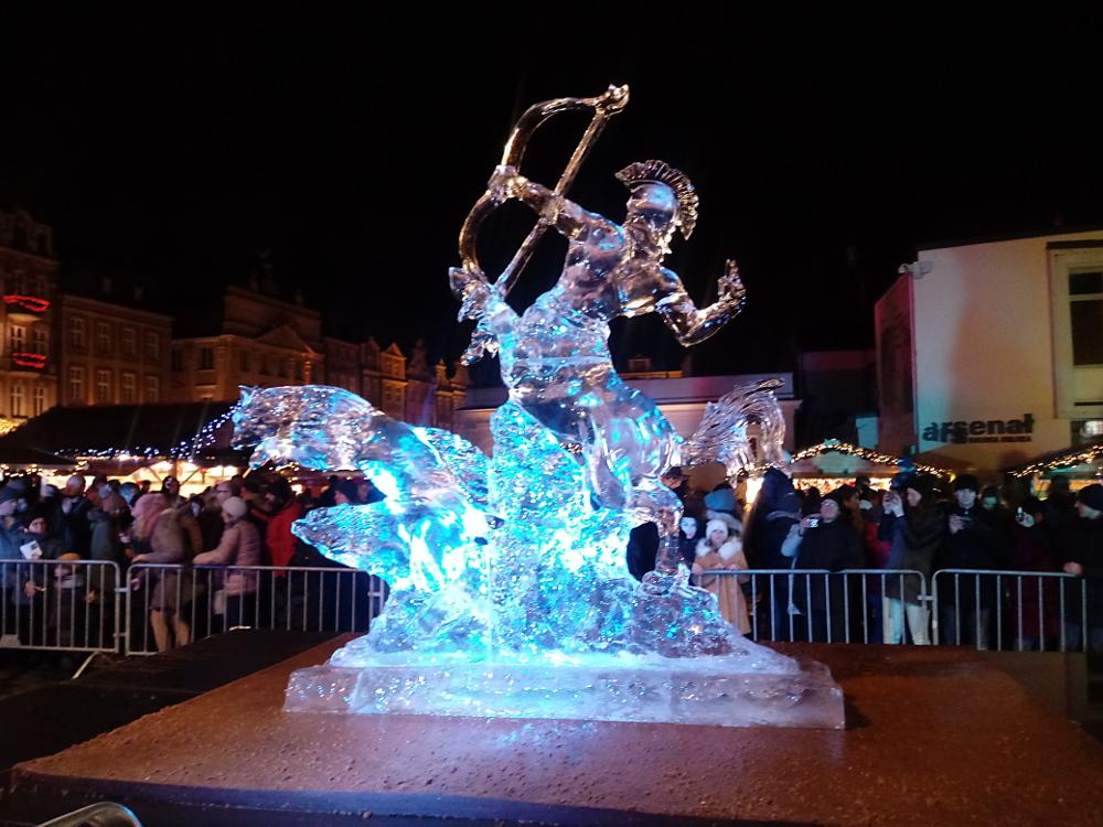 Zobacz imponujące lodowe rzeźby z Poznań Ice Festival! [ZDJĘCIA]