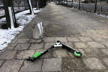 Lime Poznań hulajnoga porzucona na chodniku