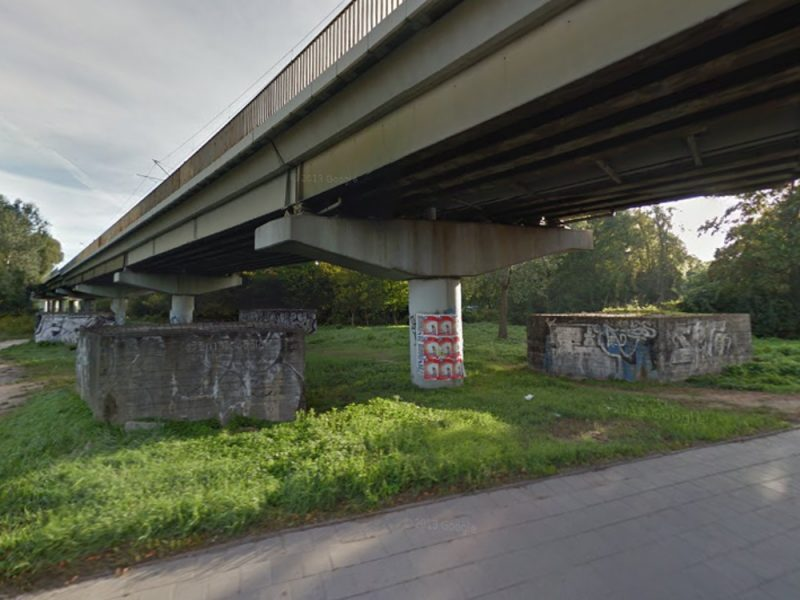 Poznań PST Wielkopolska betonowe słupy
