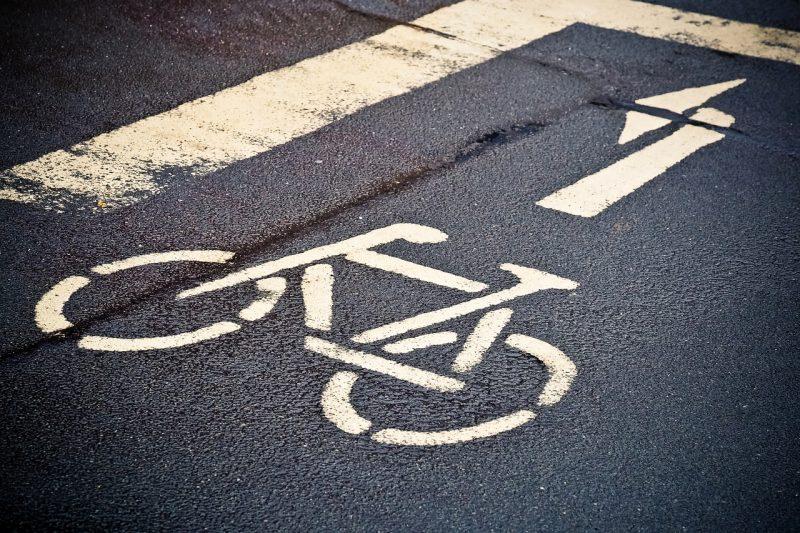 Rowerowy Poznań pasy dla rowerów drogi rowerowe infrastruktura