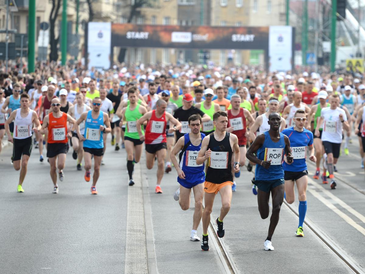 W niedzielę biegacze wyruszą na 12. PKO Poznań Półmaraton