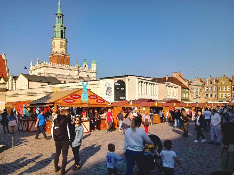 Tłumy na Starym Rynku - Jarmark Wielkanocny