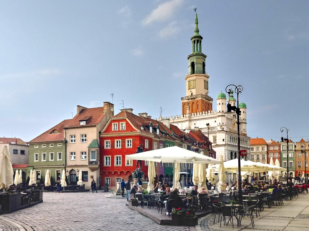 Poznań Stary Rynek Ratusz centrum pogoda turystyka