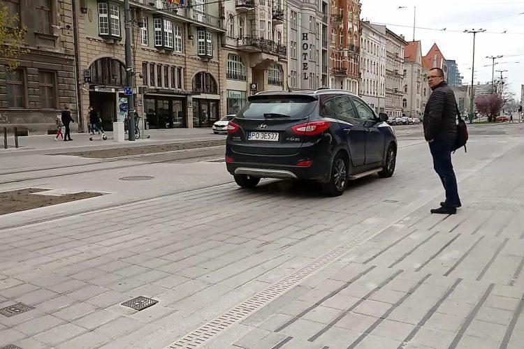 Poznań Święty Marcin strefa zamieszkania niebezpieczeństwo szybki przejazd