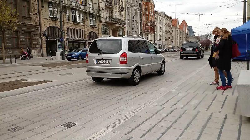 Poznań Święty Marcin strefa zamieszkania niebezpieczeństwo na zakończenie
