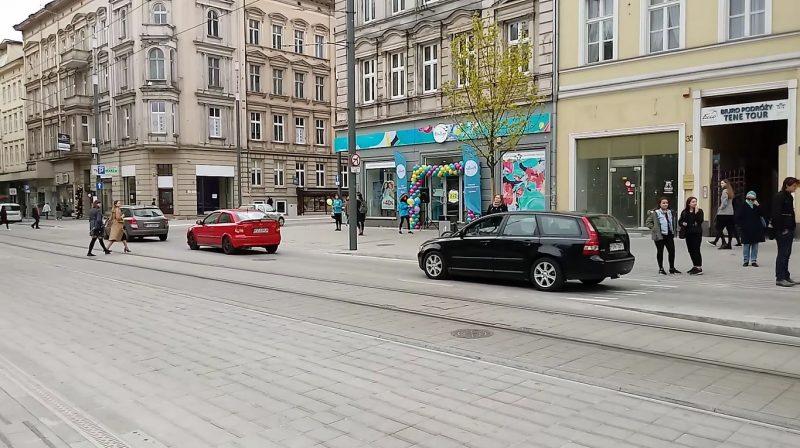 Poznań Święty Marcin strefa zamieszkania niebezpieczeństwo pierwszeństwo pieszych