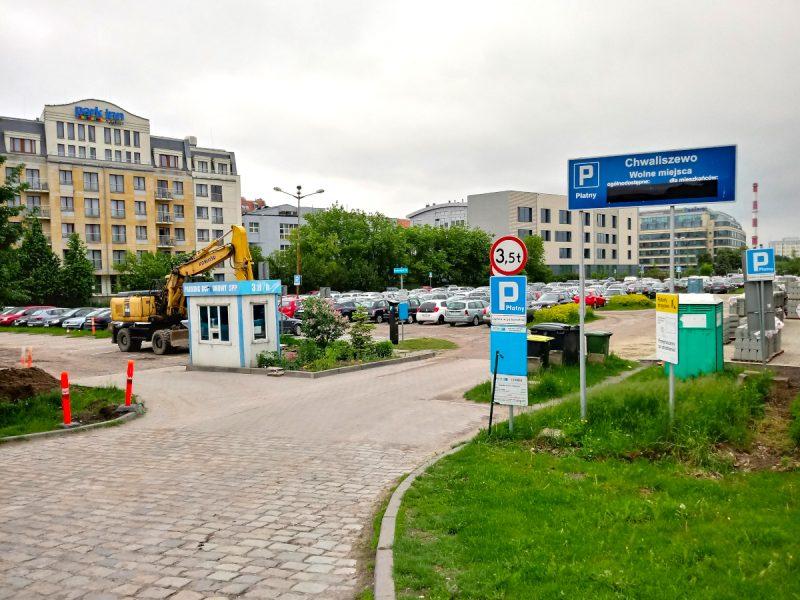 Powiększanie parkingu na Chwaliszewie - Poznań