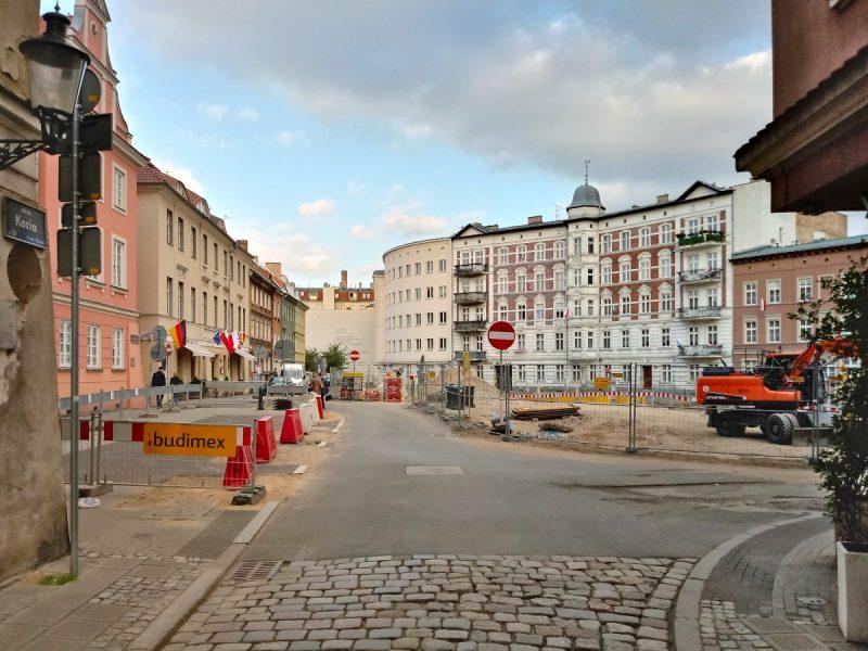 Poznań Plac Kolegiacki widok z ulicy Koziej