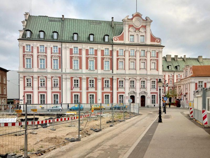 Poznań Plac Kolegiacki przebudowa i prace budowlane