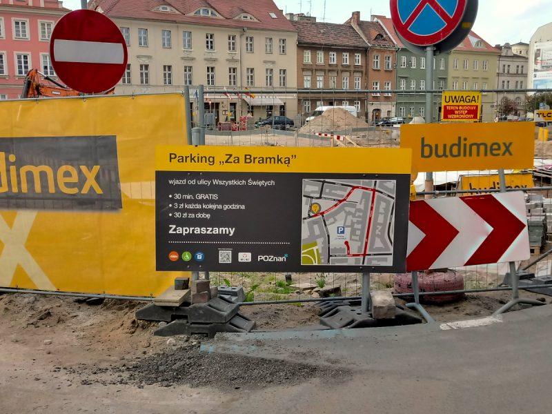 Poznań parking Za Bramką a Plac Kolegiacki i parkowanie