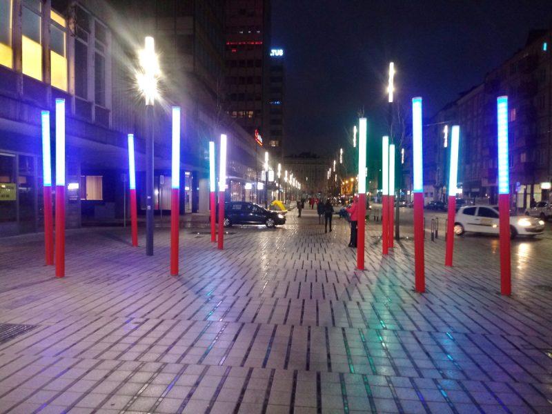 Kolorowe słupy - ul. Święty Marcin, Poznań