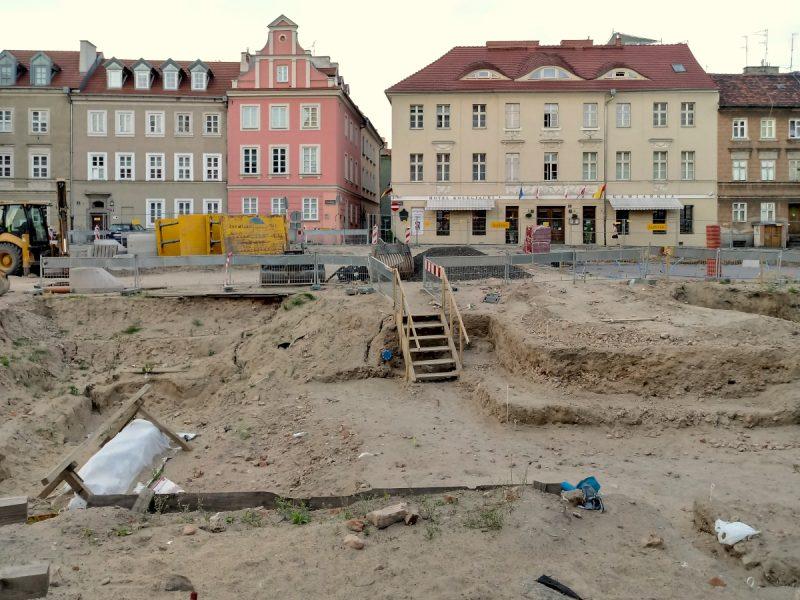 Inwestycja Plac Kolegiacki - miejsce pylonu i ekspozycji ruin
