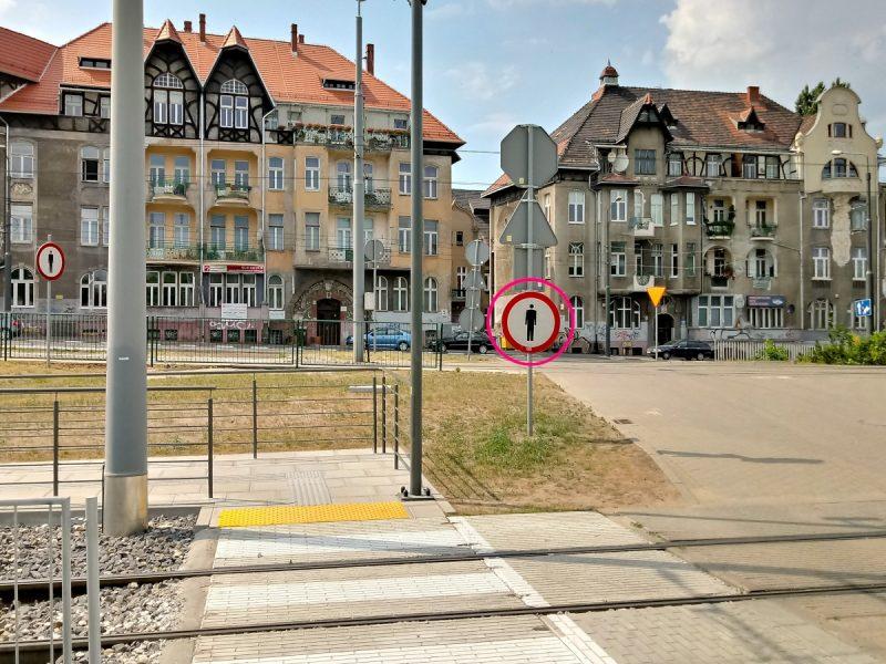 Zakaz ruchu pieszych Inwestycje dla Poznania PST Most Teatralny