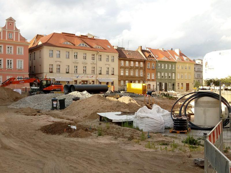 Poznań kolegiata ruiny na Placu Kolegiackim