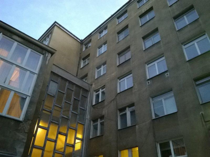 Podwórko Collegium Martineum na Świętym Marcinie