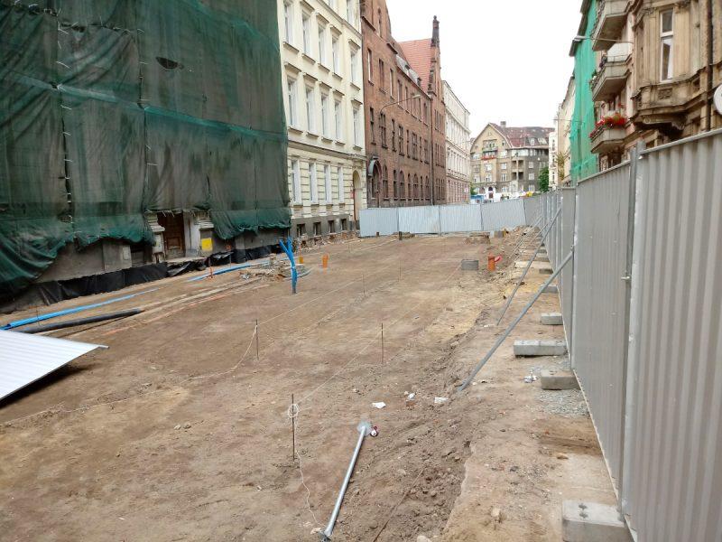 Trwa przebudowa ulicy Taczaka i Garncarskiej: układanie podbudowy, Poznań