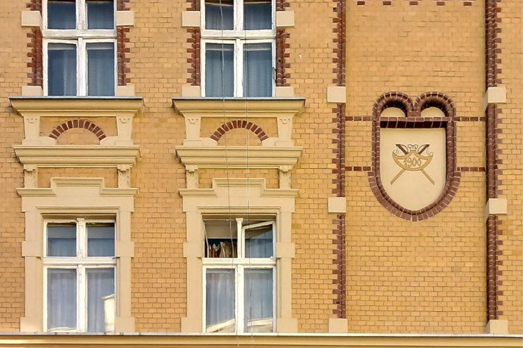 Zbliżenie na detal architektoniczny - Chwaliszewo, Czartoria