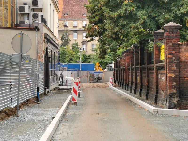 Ulica Garncarska - pierwsze krawężniki