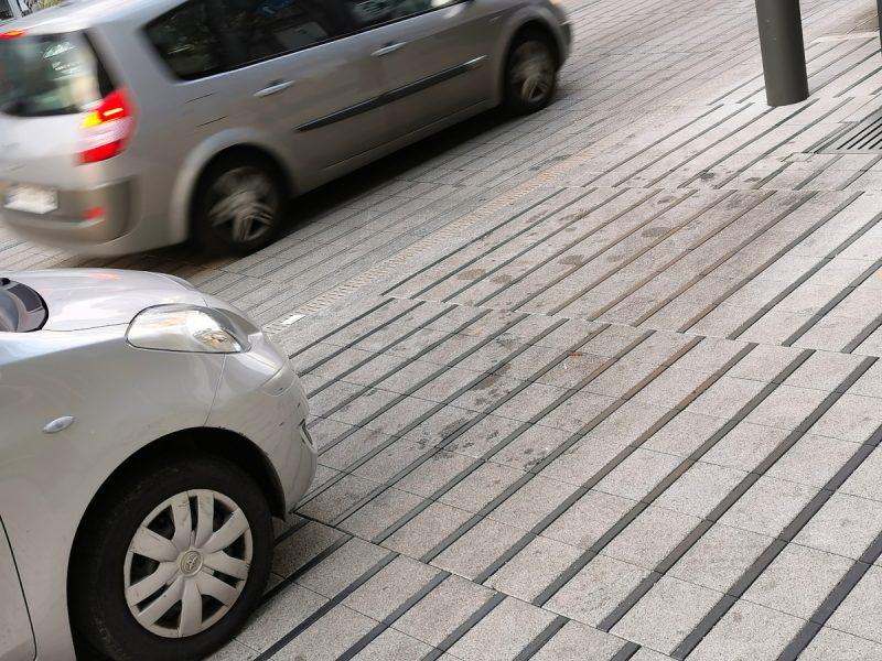Poz Bruk kostka nielegalne parkowanie Święty Marcin