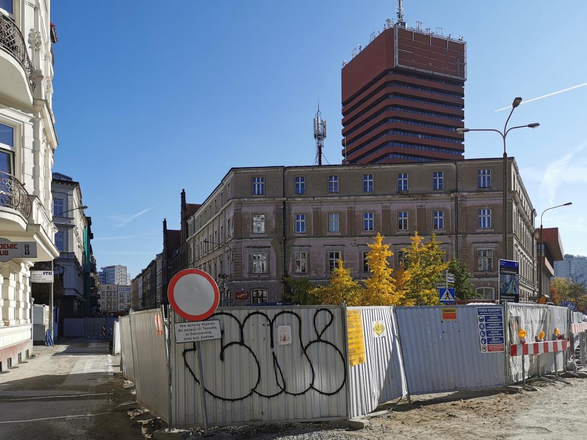 Praca wre na Taczaka i Garncarskiej – październikowa fotorelacja