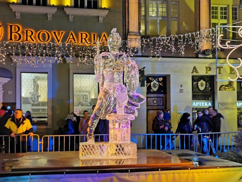 Podczas Poznań Ice Festival na Stary Rynek zawitały wielkie tłumy!