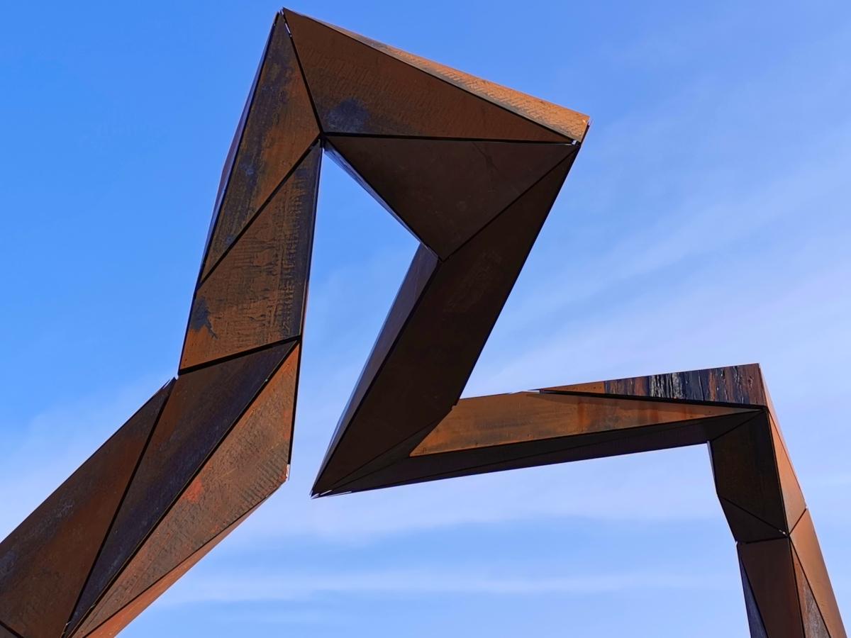 Instalacja artystyczna na Ostrowie Tumskim. Co prezentuje?