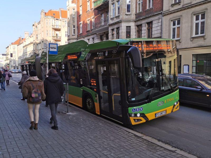 Po ulicy Garbary kursują pierwsze w Poznaniu autobusy elektryczne (na linii 174)