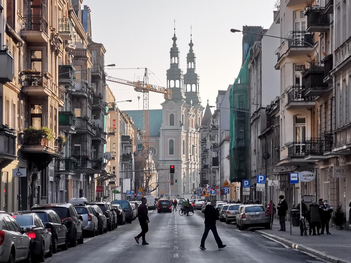 Co słychać na Garbarach? Życie ulicy i kamienic w przededniu zmian