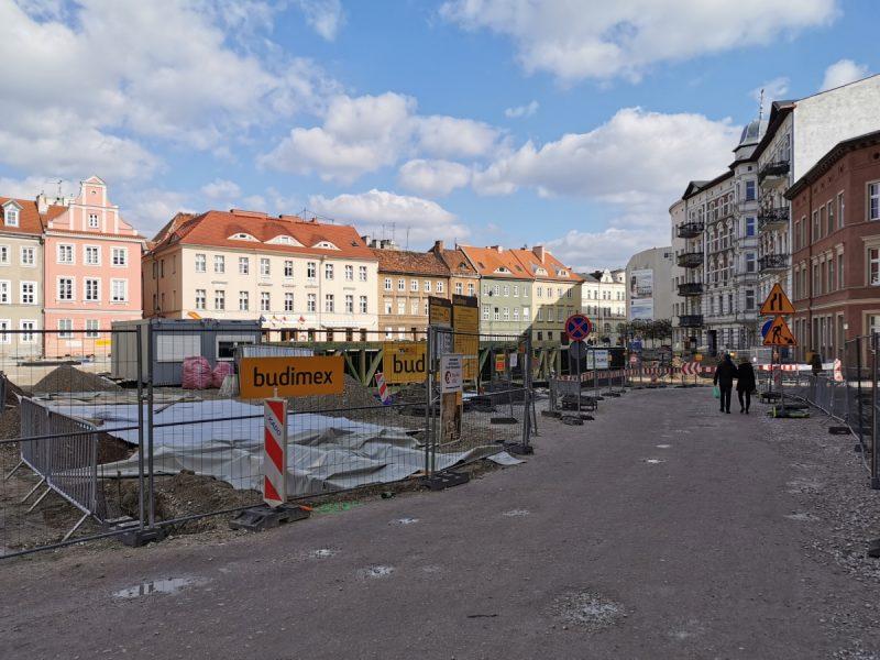 Przebudowa Placu Kolegiackiego Urząd Miasta Gołębia inwestycje