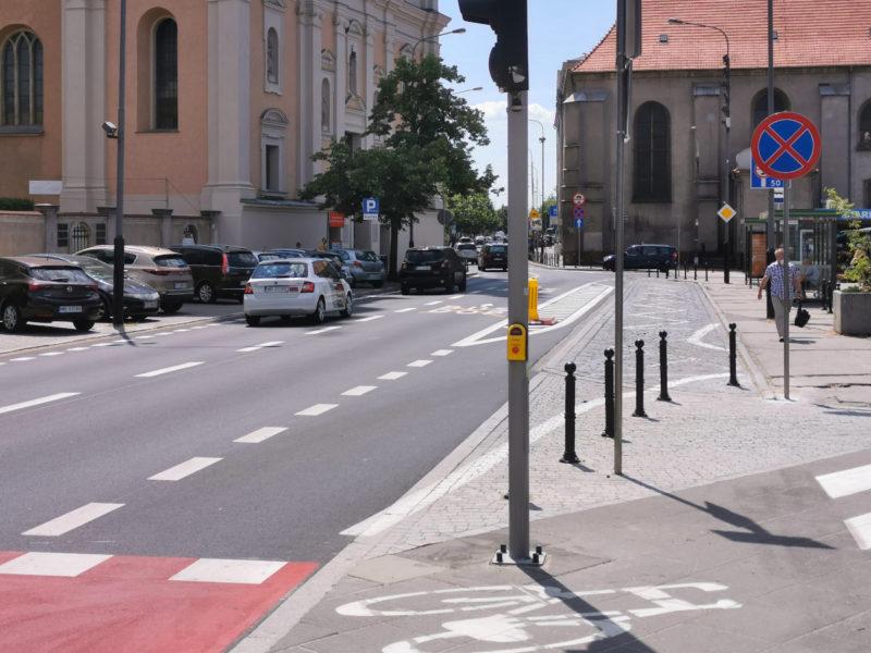 Plac Bernardyński. Buspas na ulicy Garbary w Poznaniu