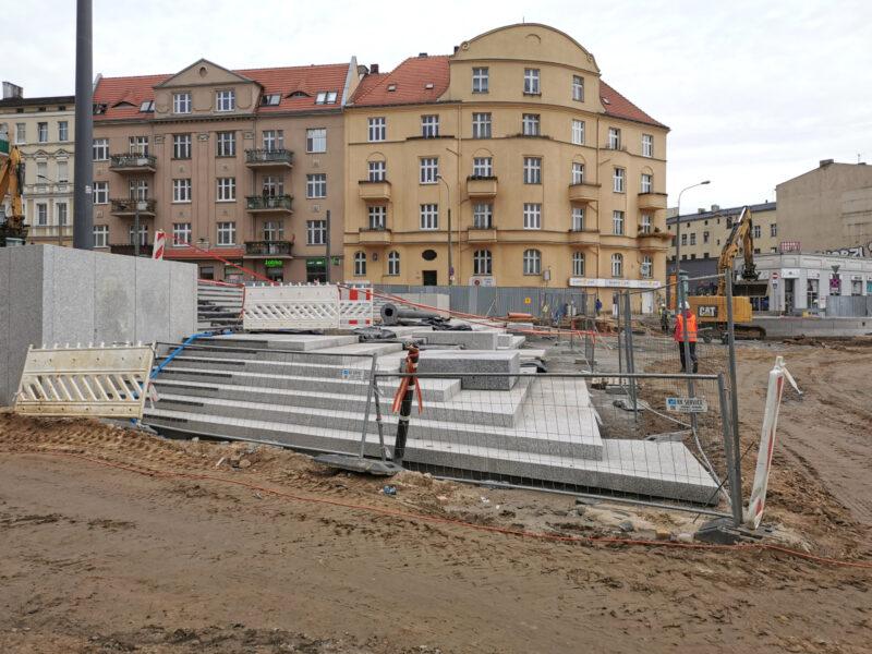 Widok z ulicy Lodowej. Inwestycje w Poznaniu: Łazarz