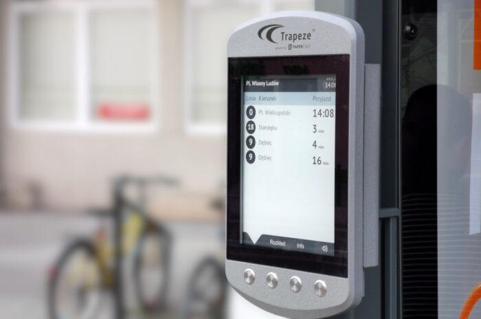 E-papierowy rozkład jazdy: producent odpowiada na krytykę